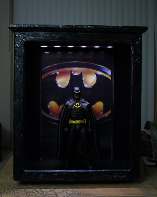 Hot Toys Batman display