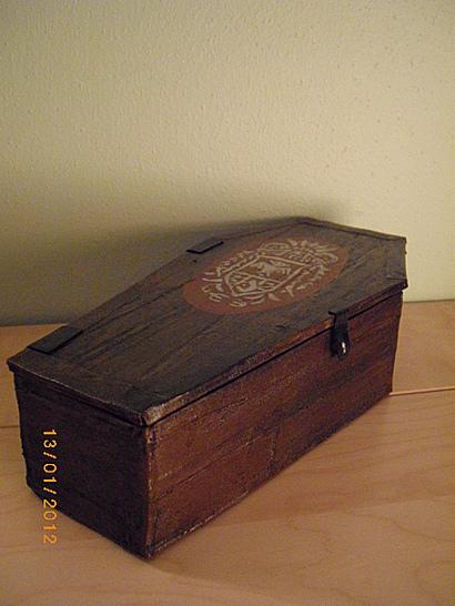 coffinbox5