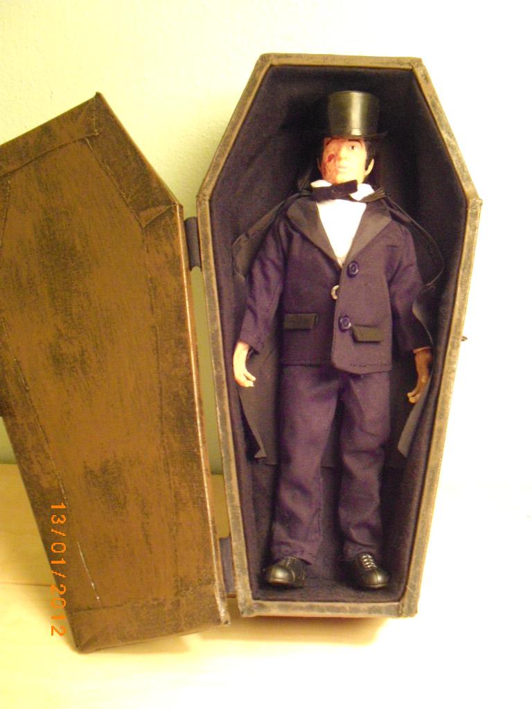 coffinboxdrac2
