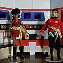 Star Trek Mirror Universe Sulu & Uhura out of the package
